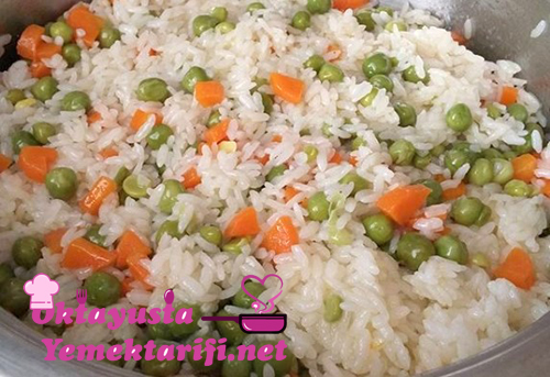 havuclu bezelyeli pirinc pilavi