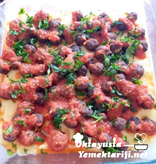 patates puresi yataginda soslu kofte